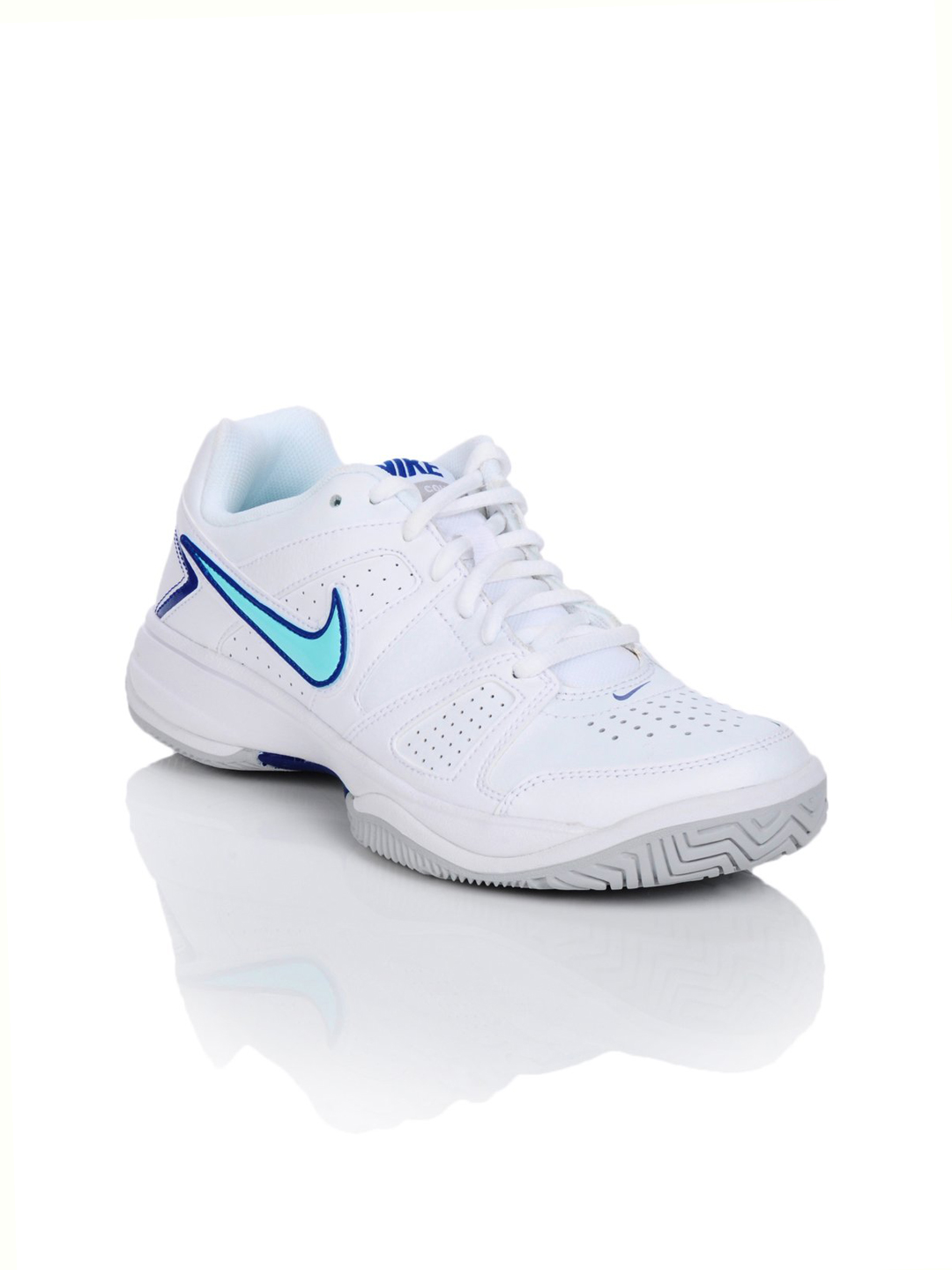 Nike Women White Sports Shoes
