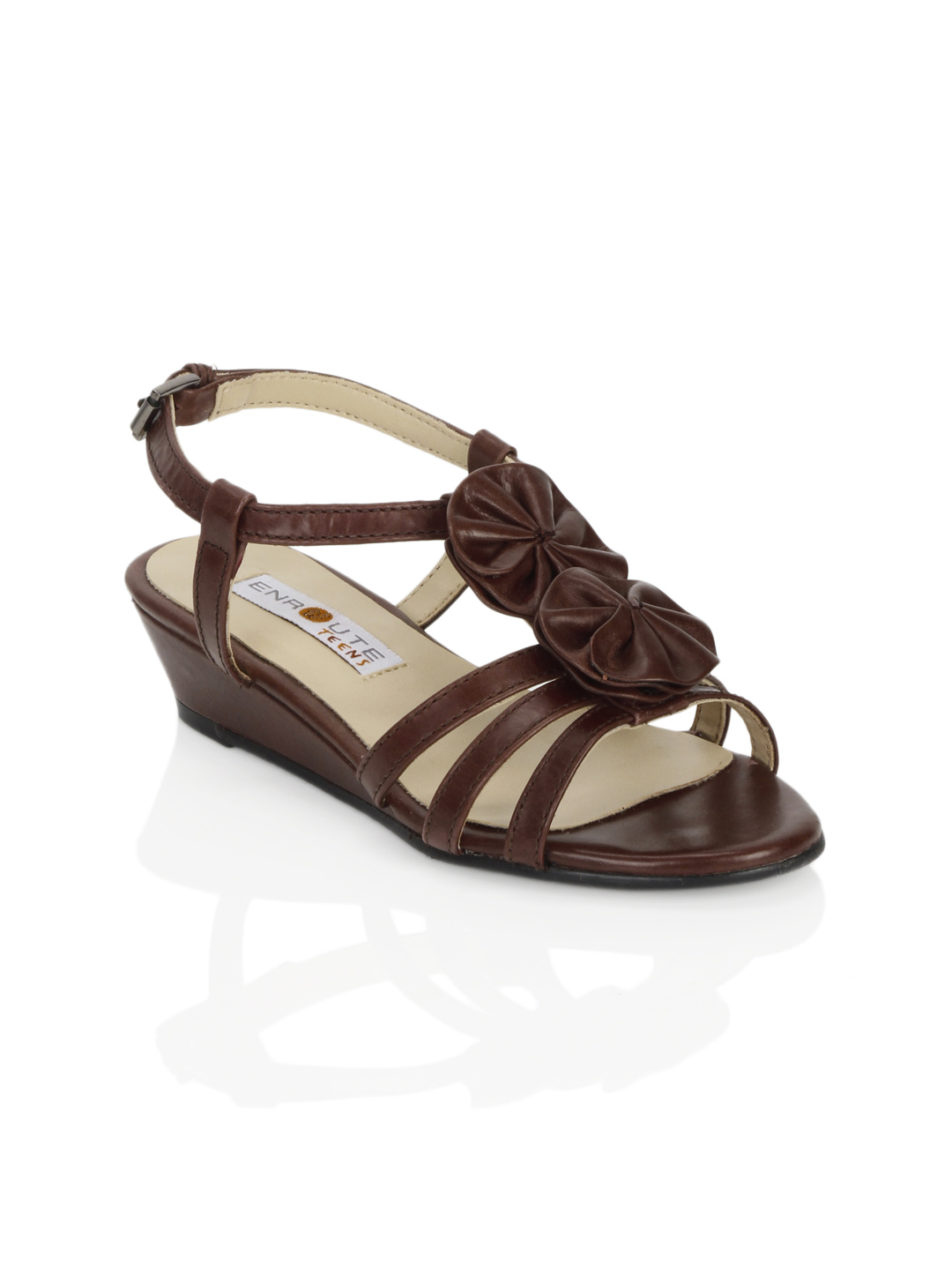 Enroute Teens Brown Sandals