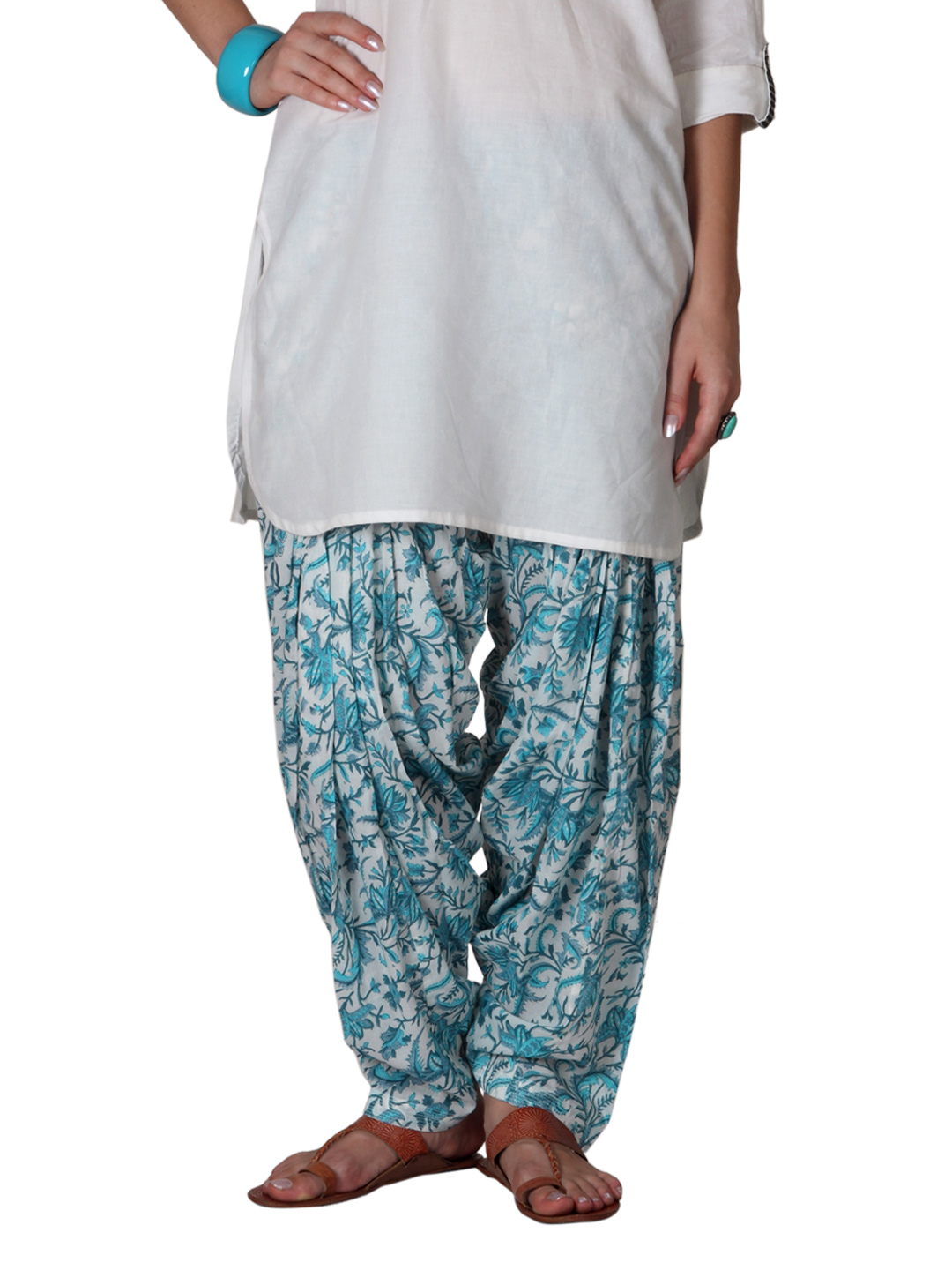 Fabindia Women White Printed Patiala