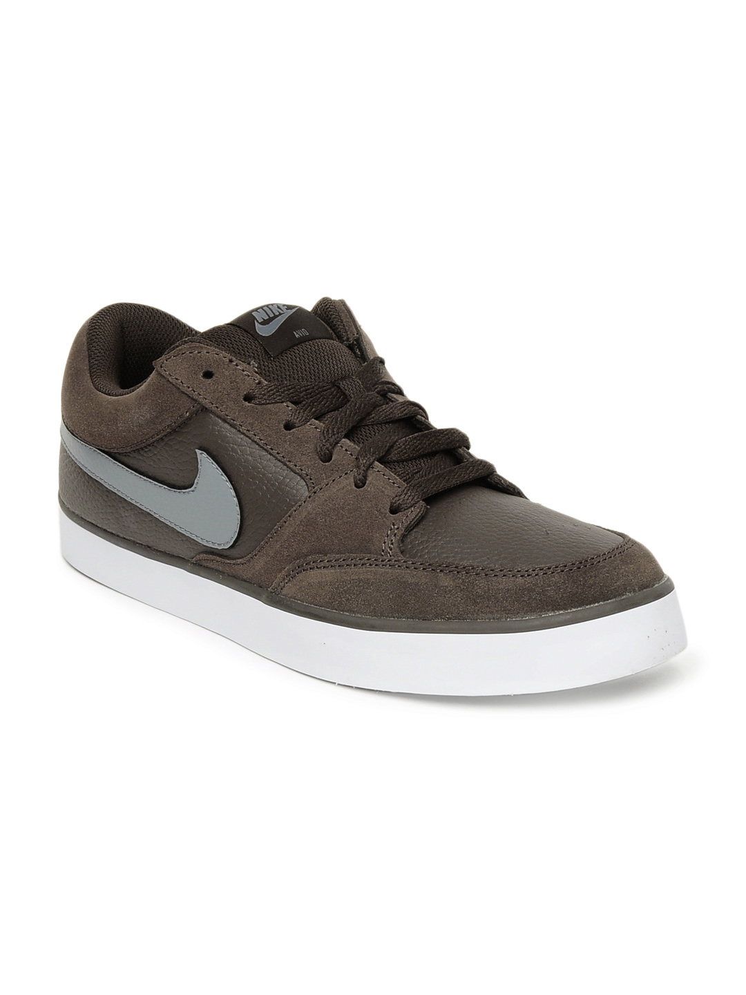 Nike Men Brown Avid Shoes