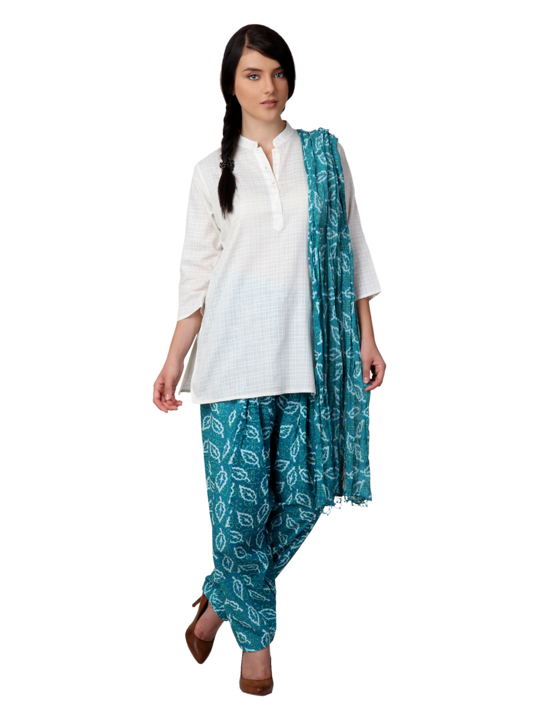 Vishudh Women Turquoise Blue Salwar and Dupatta